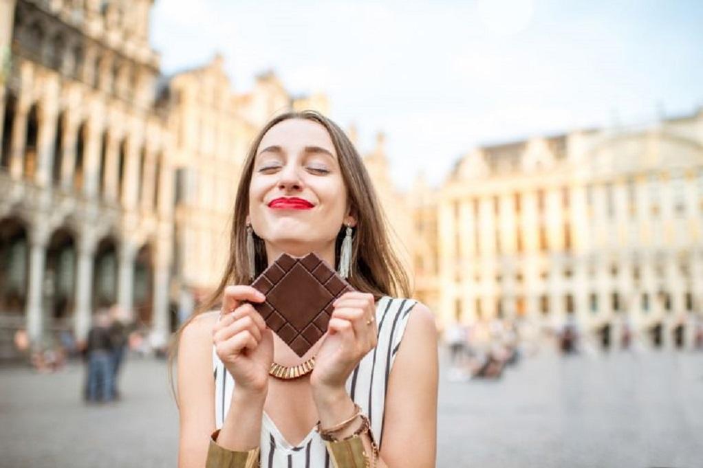 Πόσες σοκολάτες το μήνα κάνουν καλό στην καρδιά;