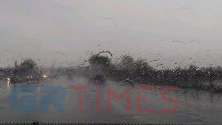 Προβλήματα στη Θεσσαλονίκη λόγω της έντονης βροχόπτωσης