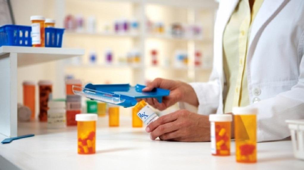 Κικίλιας: Μειώσεις έως και 7% στις τιμές των φαρμάκων