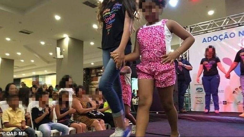 Ορφανά παιδιά στη Βραζιλία σε «καλλιστεία» -Για να βρουν θετούς γονείς (ΦΩΤΟ)