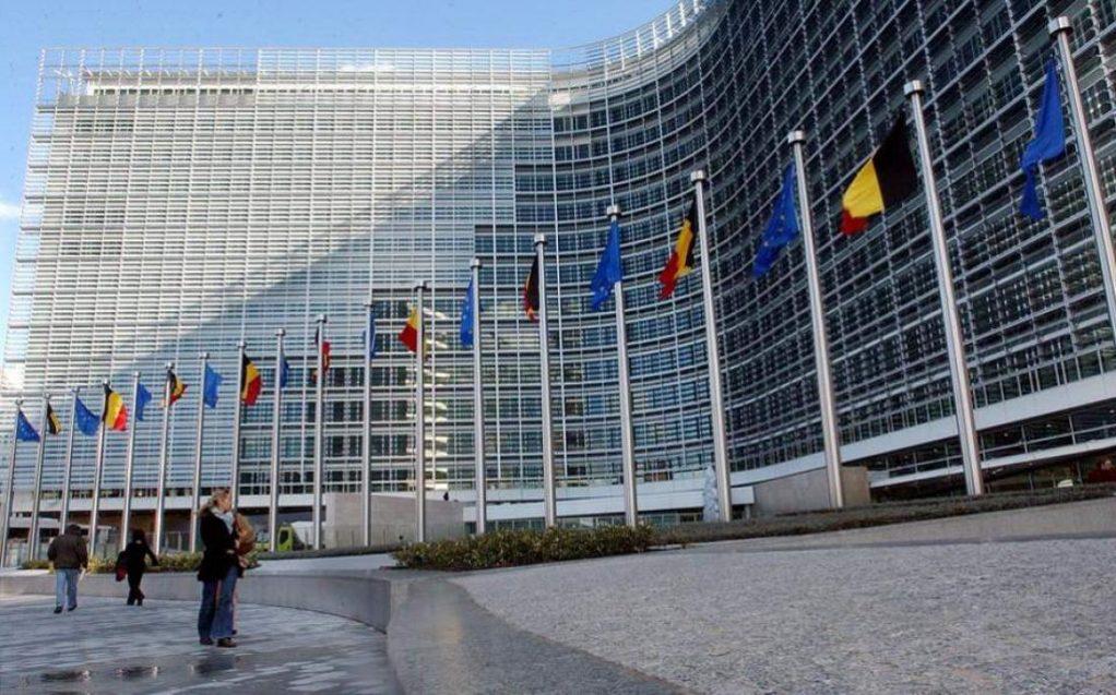 Κομισιόν: Αισιόδοξη για τόνωση των επενδύσεων στην Ελλάδα