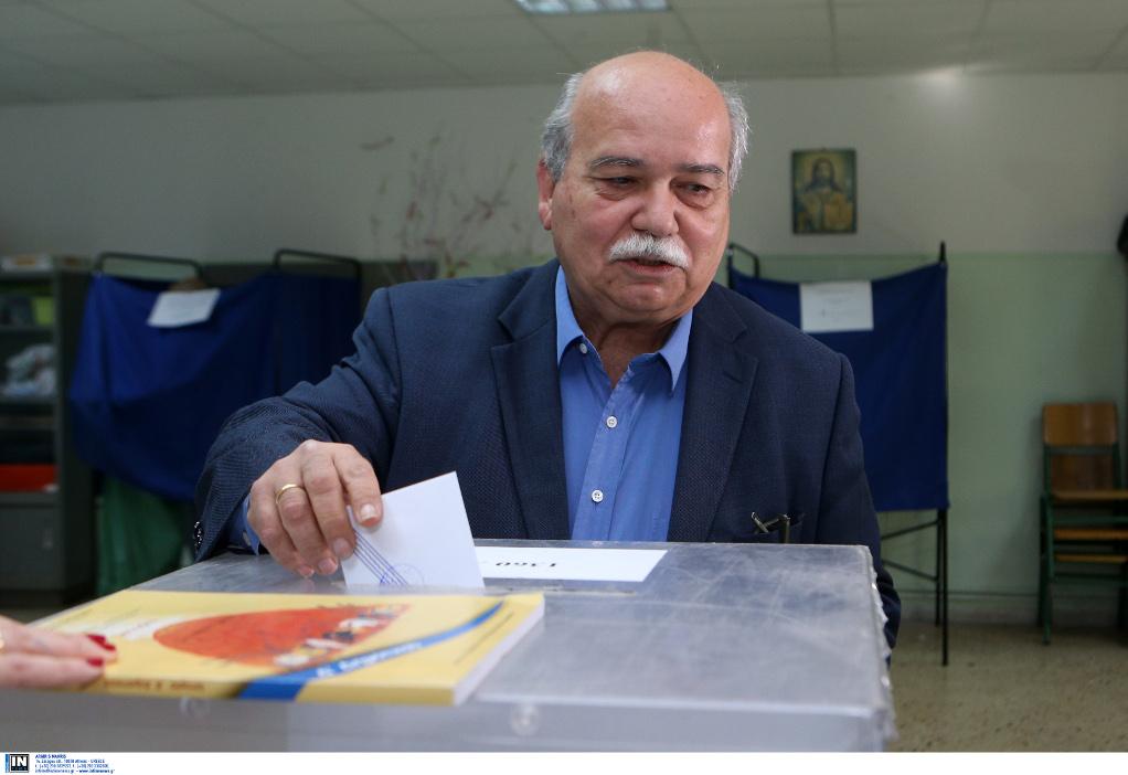 Ψήφισε ο πρόεδρος της Βουλής Νίκος Βούτσης