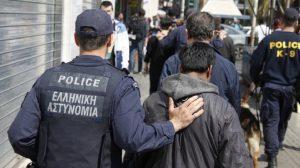 Σάμος – Εντοπίστηκαν σε ακτή 48 μετανάστες