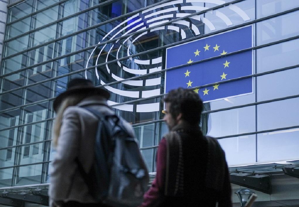 Ευρωεκλογές 2019: Στις κάλπες οι ψηφοφόροι στην Τσεχία και την Ιρλανδία