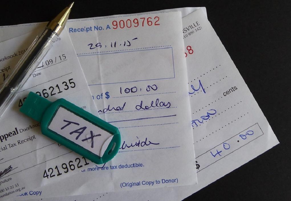 Έρχονται ελαφρύνσεις στη φορολογία