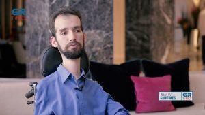 Στ. Κυμπουρόπουλος στο GrTimes: Θέλω η σύντροφος μου να είναι γυναίκα μου κι όχι βοηθός μου