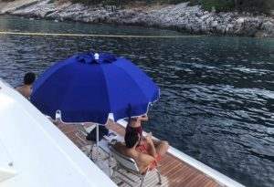 H Κ. Παναγοπούλου επιβεβαίωσε ότι ο Αλ. Τσίπρας έκανε διακοπές στο σκάφος τους