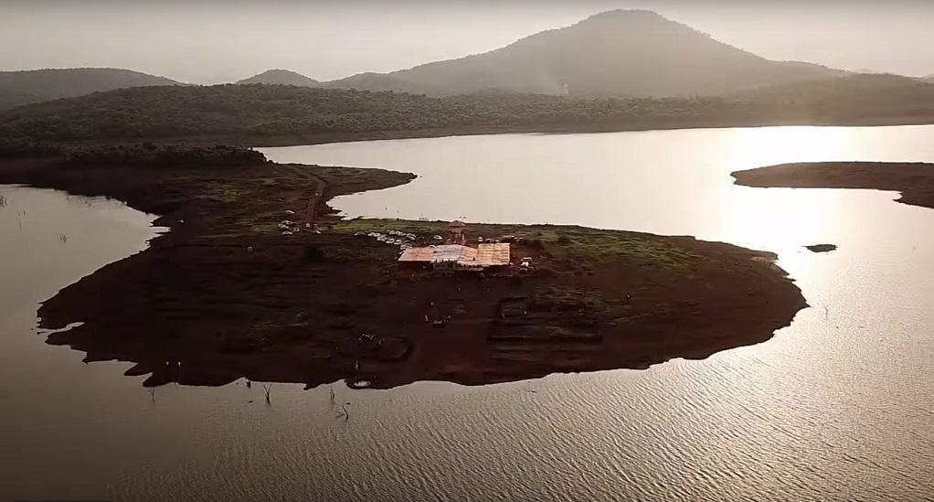 Το χωριό που εμφανίζεται μία φορά τον χρόνο (VIDEO)