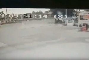Σοκαριστικό βίντεο: Η στιγμή που τρακτέρ παρέσυρε ποδηλάτη