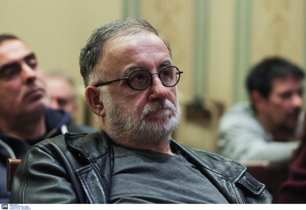 Θάνος Μικρούτσικος: «Eίμαι σε ρινγκ με το θάνατο»