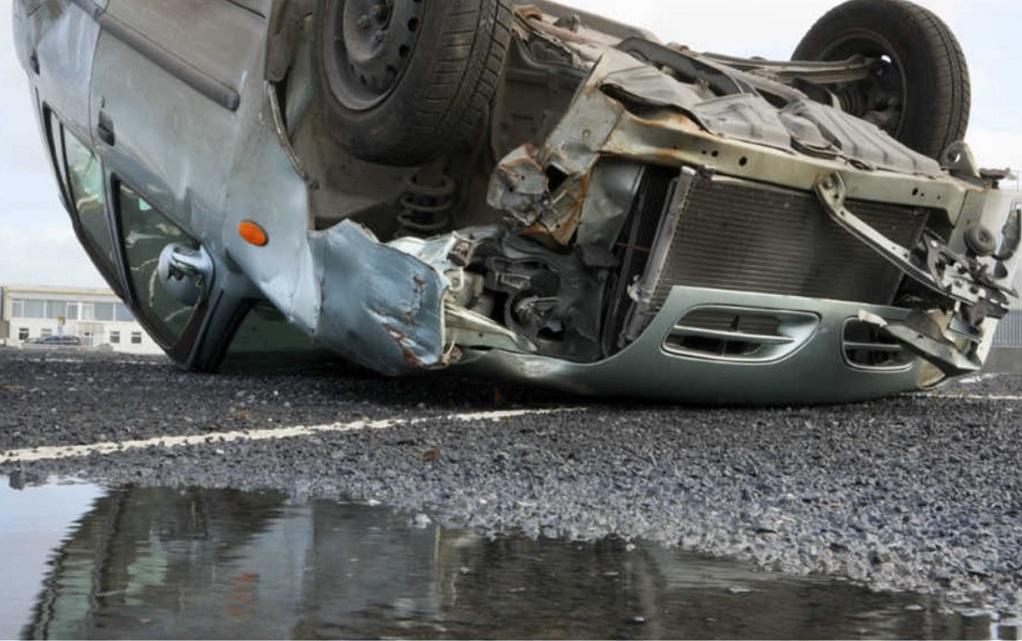 Ανατροπή φορτηγού στη Λ. Κηφισού – Ένας τραυματίας