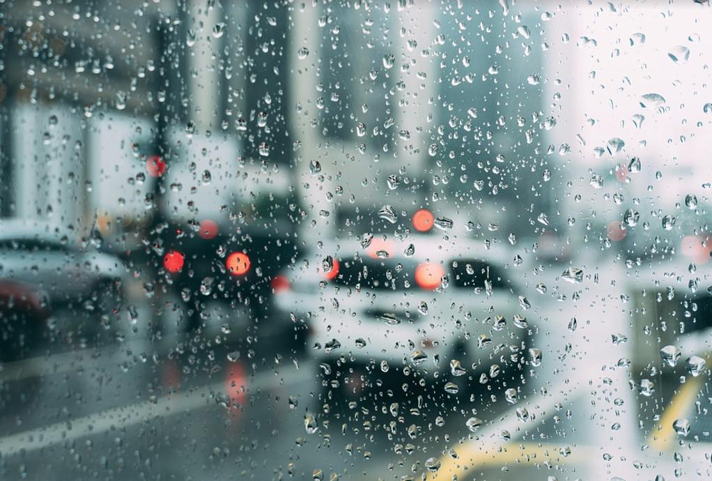Έρχονται καταιγίδες και χαλάζι – Που θα «χτυπήσει» η κακοκαιρία