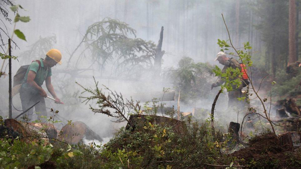 Συναγερμός στη Σιβηρία: Πάνω από 30 εκατομμύρια στρέμματα απειλούνται από τις καταστροφικές πυρκαγιές