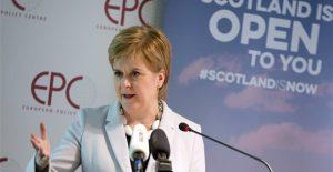 Η Σκωτία επαναφέρει το θέμα της ανεξαρτησίας της ενόψει άτακτου Brexit