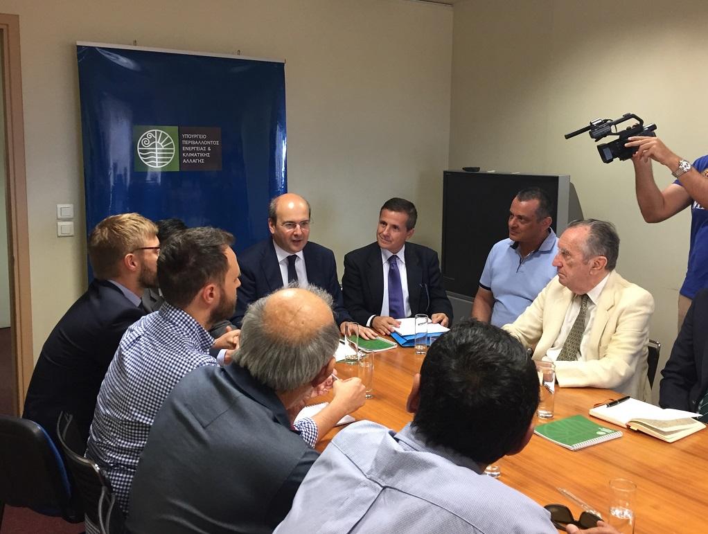 Συνάντηση Χατζηδάκη με περιβαλλοντικές οργανώσεις