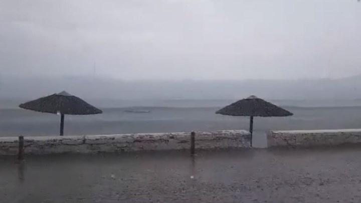 Μπουρίνι «χτύπησε» τη Σύρο (VIDEO)