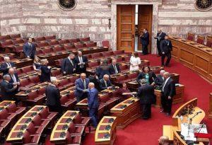 Πουρνό πουρνό στη Βουλή ο Θεσσαλονικιός Θεόδωρος Καράογλου