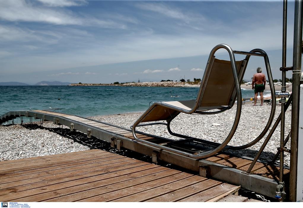 Ρέθυμνο: Εγκατάσταση εξοπλισμού πρόσβασης των ΑμΕΑ στις παραλίες