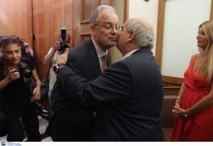 Από τον Νίκο Βούτση στον Κώστα Τασούλα η προεδρία της Βουλής (ΦΩΤΟ)