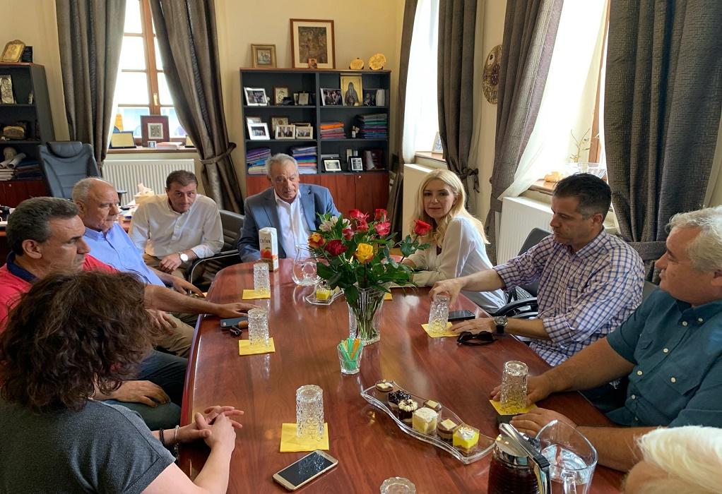 Στο Δημαρχείο Πολυγύρου η Υφυπουργός Αγροτικής Ανάπτυξης, Φωτεινή Αραμπατζή