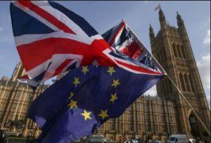 Έναρξη διαπραγματεύσεων για την εμπορική σχέση Βρετανίας -ΕΕ