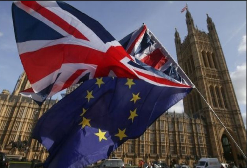 Brexit-Το 52% των Βρετανών υπέρ της διεξαγωγής δημοψηφίσματος για μια οριστική συμφωνία