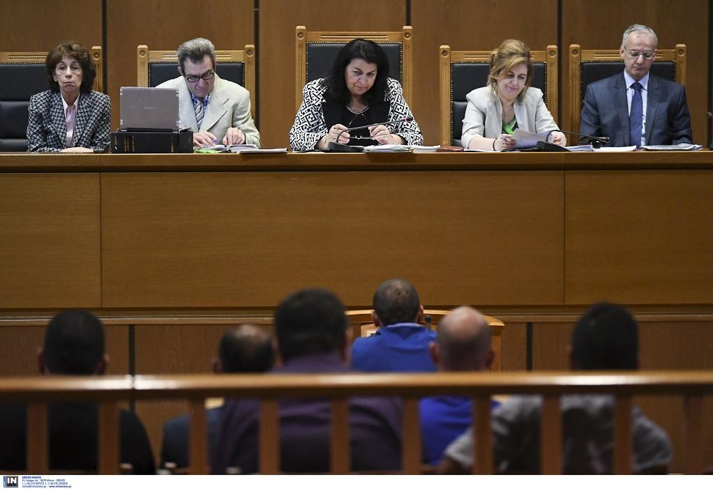 Δίκη Χ.Α. – Αρνήθηκε τα πάντα ο πυρηνάρχης Πειραιά