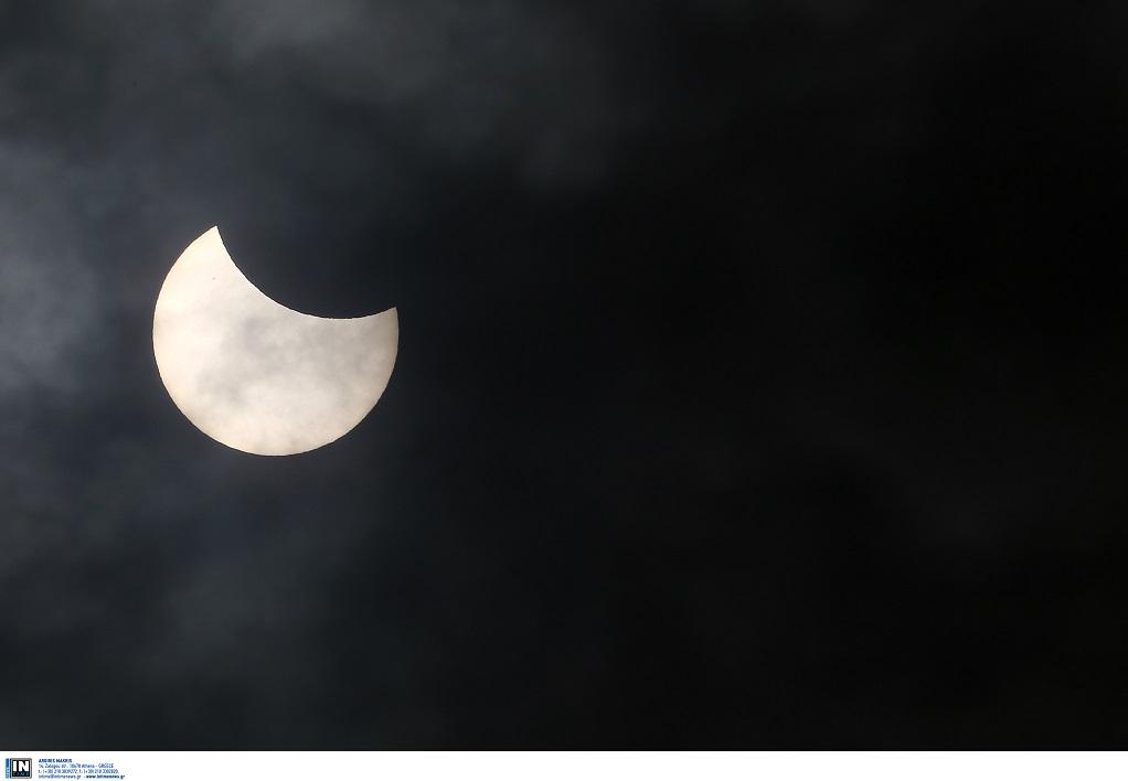 Ολική έκλειψη Ηλίου την Τρίτη – Που θα είναι ορατή