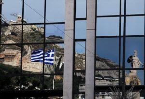 Wall Street Journal: Οι ελληνικές μετοχές οδεύουν προς την καλύτερη επίδοση εδώ και 20 χρόνια