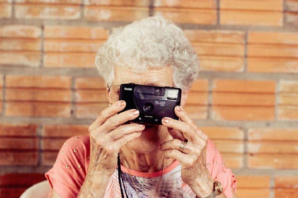 Οι ηλικιωμένες που υπήρξαν εργαζόμενες έχουν καλύτερη μνήμη