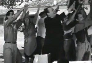 Πολίτες λ@μογια κάνουν λ@μογια πολιτικούς