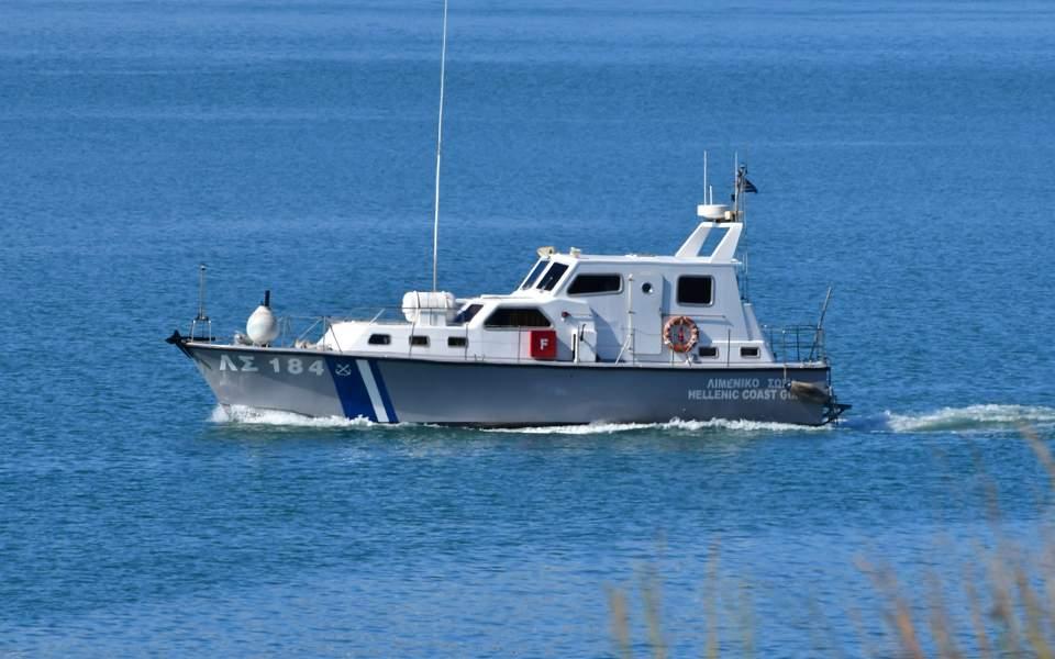 Μηχανική βλάβη σε σκάφος στην Πέρδικα