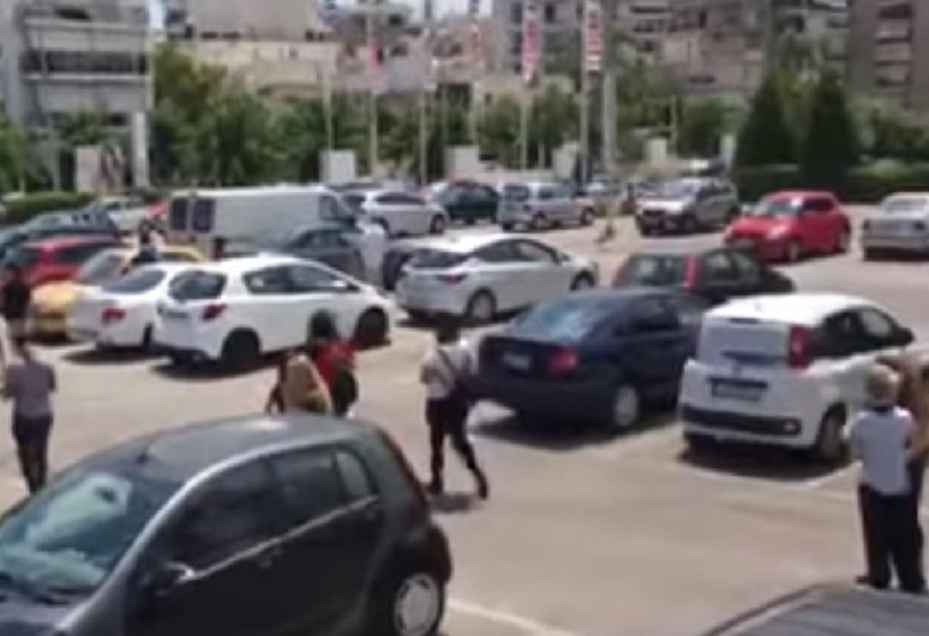 Αττική: Νέο συγκλονιστικό video από τη στιγμή του σεισμού σε σούπερ μάρκετ