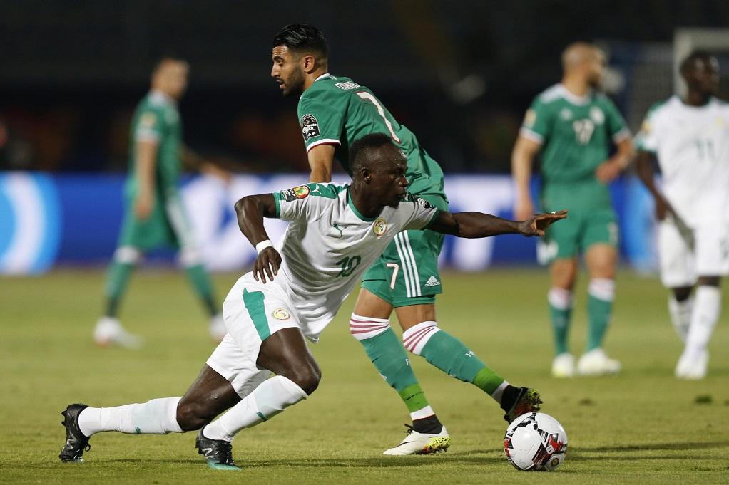 Άμυνα εναντίον επίθεσης στον τελικό του Copa Africa