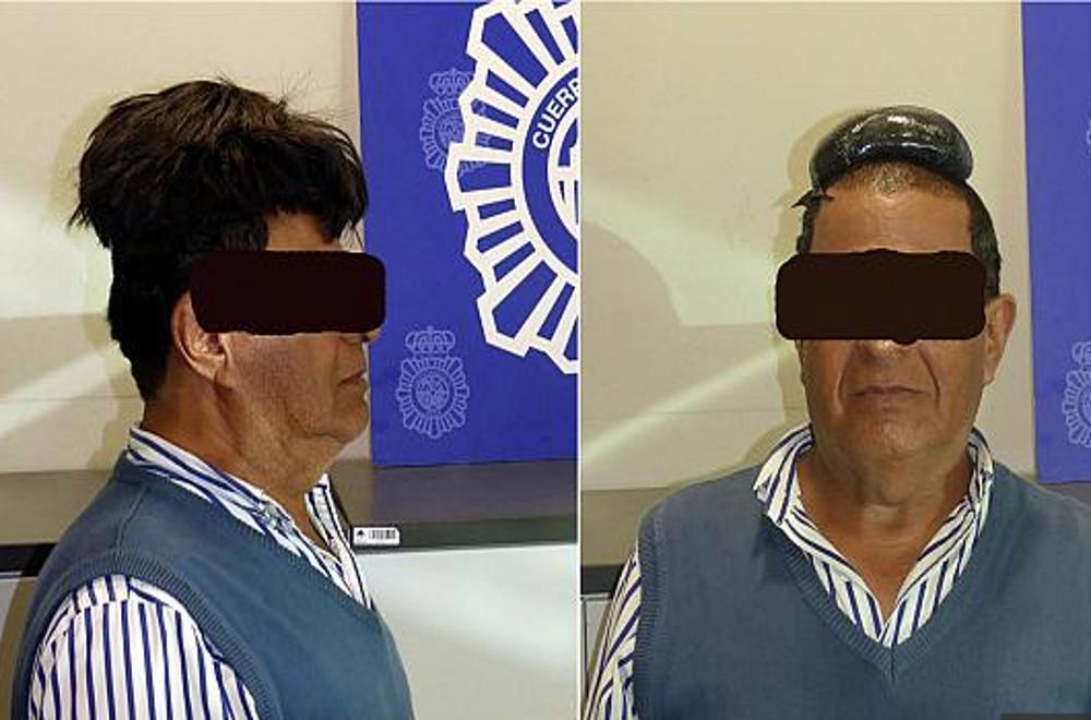 Iσπανία: Έκρυβε μισό κιλό κοκαΐνη στο περουκίνι του