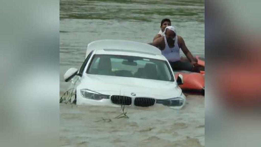 Πέταξε ολοκαίνουργια BMW στο ποτάμι γιατί ήθελε Jaguar (VIDEO)