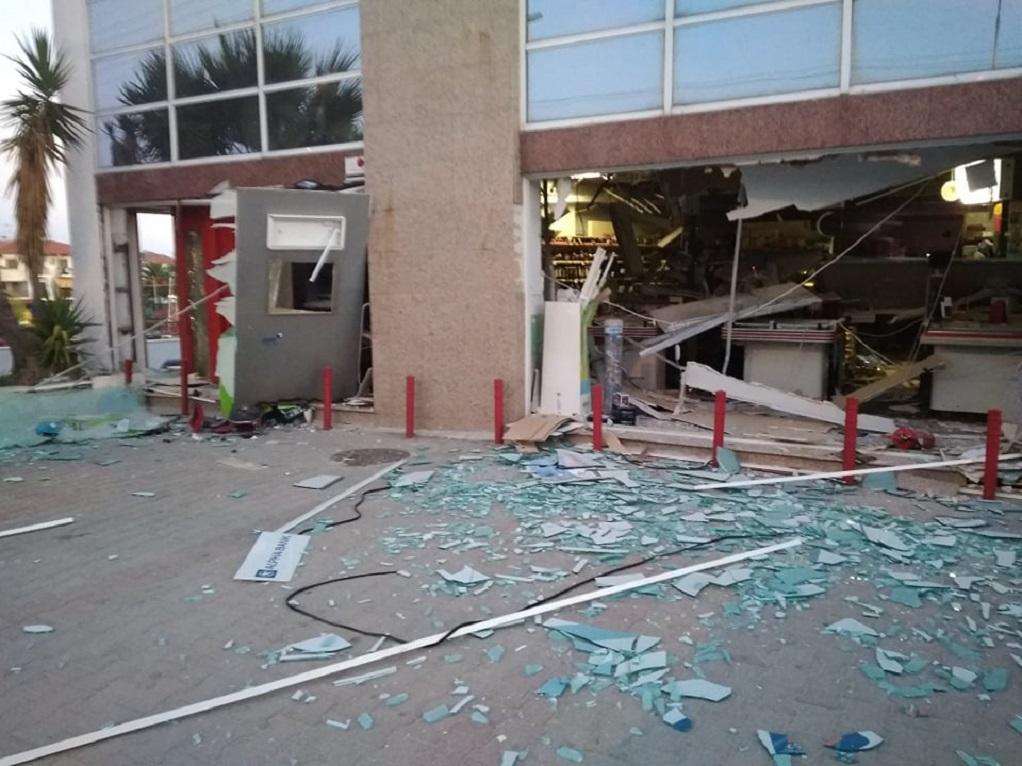 Χαλκιδική-Έκρηξη σε ΑΤΜ στη Χανιώτη (ΦΩΤΟ)