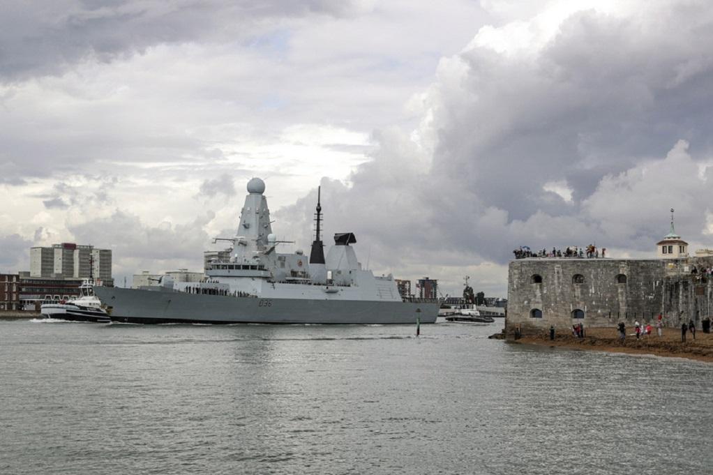 Βρετανία: Το Πολεμικό Ναυτικό στέλνει ένα ακόμη πλοίο στον Κόλπο