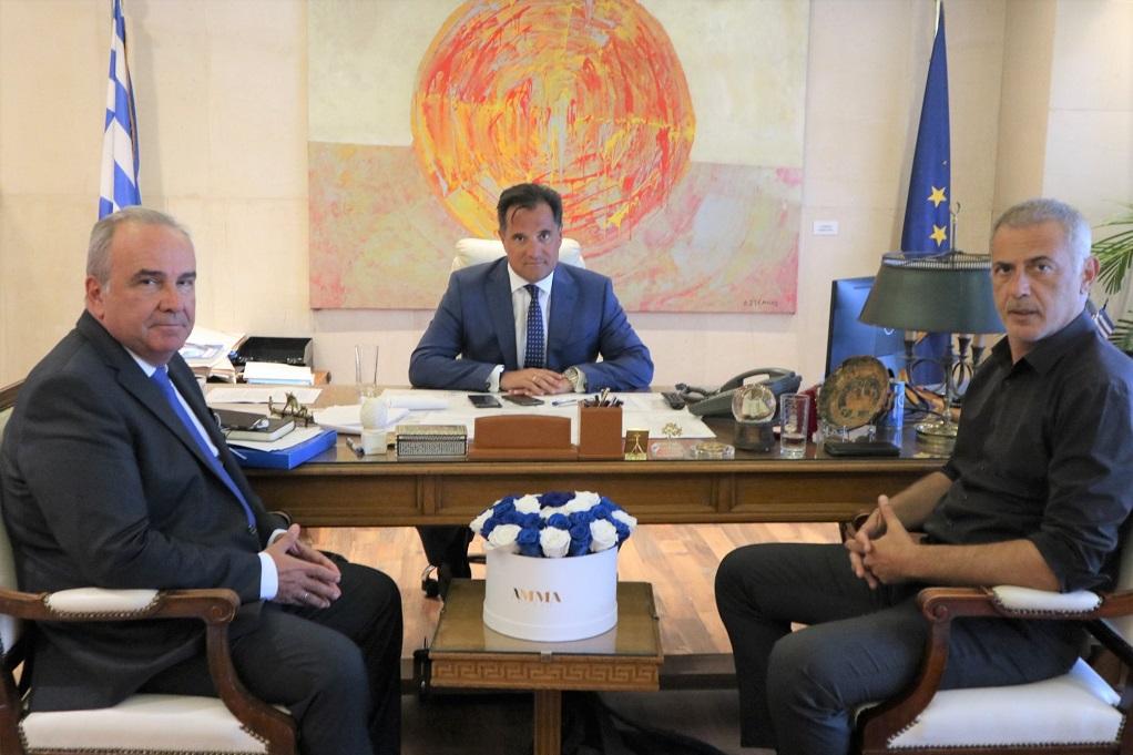 Το επενδυτικό σχέδιο της Cosco στον Πειραιά στο επίκεντρο της συνάντησης Α.Γεωργιάδη – Γ.Μώραλη