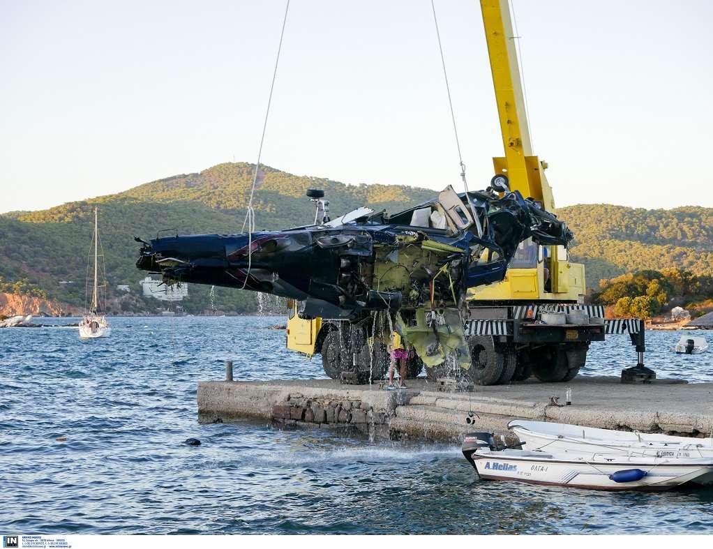 Ασφαλισμένο υπέρ της «Πόρτο Καρράς Α.Ε» το ελικόπτερο που έπεσε στον Πόρο