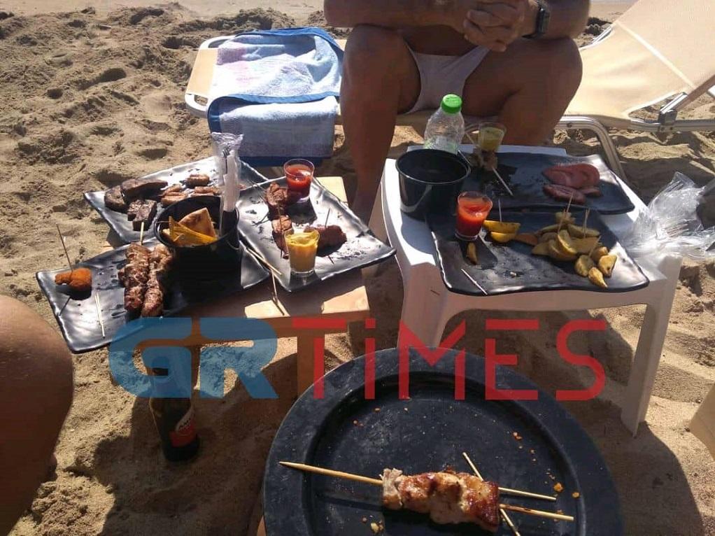 Beach bar με… πλήρες μενού! (ΦΩΤΟ)