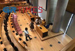 Πυρετώδεις οι προετοιμασίες στο δημαρχείο για την σημερινή ορκωμοσία Ζέρβα