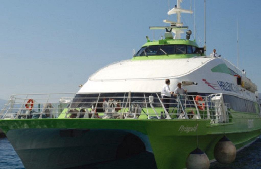 Σύγκρουση Flying Cat 3 με θαλάσσιο ταξί στο λιμάνι της Ύδρας