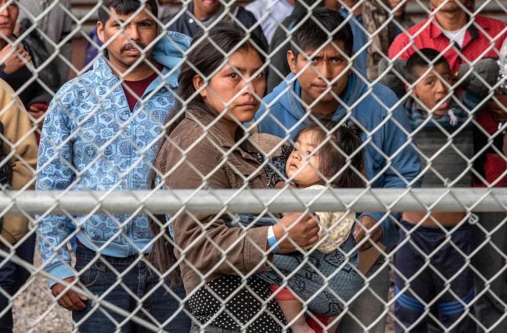 Αυστηροποιούνται οι κανόνες για το μεταναστευτικό στις ΗΠΑ