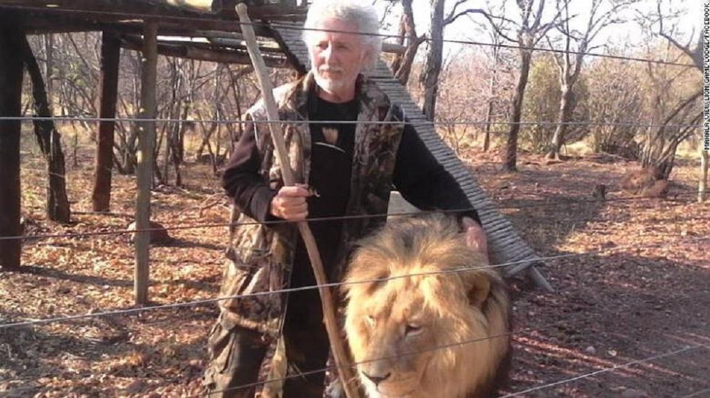 Τον κατασπάραξαν τα λιοντάρια που κρατούσε αιχμάλωτα σε φάρμα