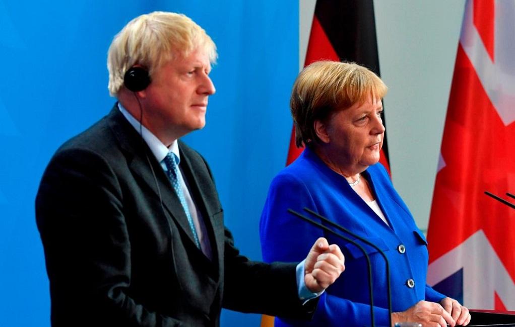Μ.Τζόνσον: H Βρετανία «δεν μπορεί να αποδεχθεί» την υπάρχουσα συμφωνία με την ΕΕ – Αισιοδοξία Μέρκελ