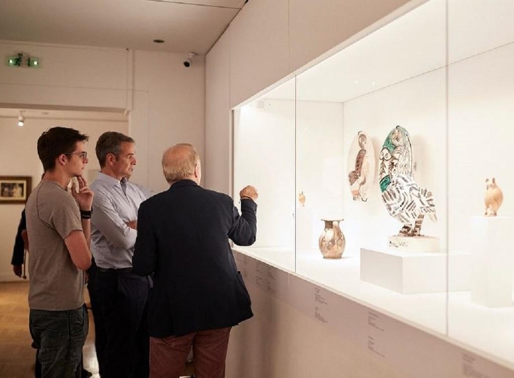 Επίσκεψη του πρωθυπουργού στο Μουσείου Κυκλαδικής Τέχνης
