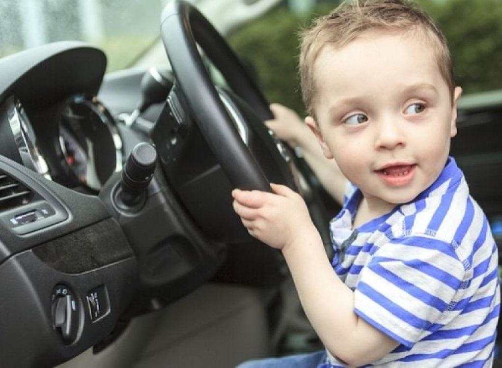 Γερμανία: 8χρονος πήγε βόλτα με το αυτοκίνητο των γονιών του