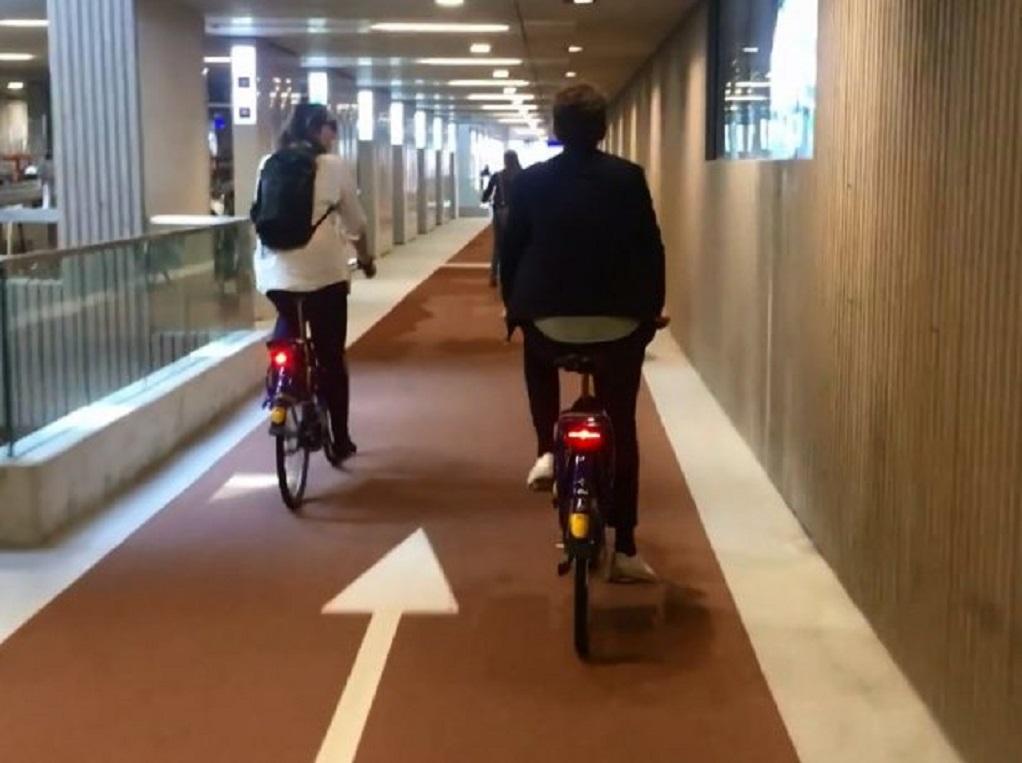 Πάρκινγκ στην Ουτρέχτη για 12.500 ποδήλατα! (VIDEO)