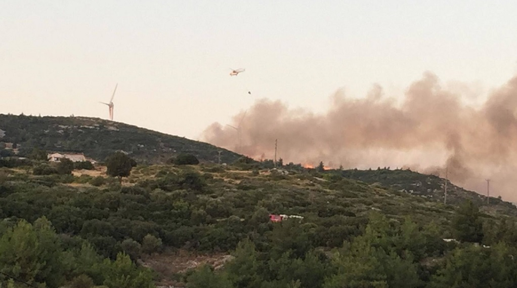 Σάμος: Βελτιωμένη εικόνα παρουσιάζει η πυρκαγιά